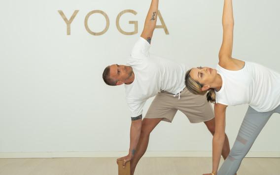 Bare Flyt Yoga
