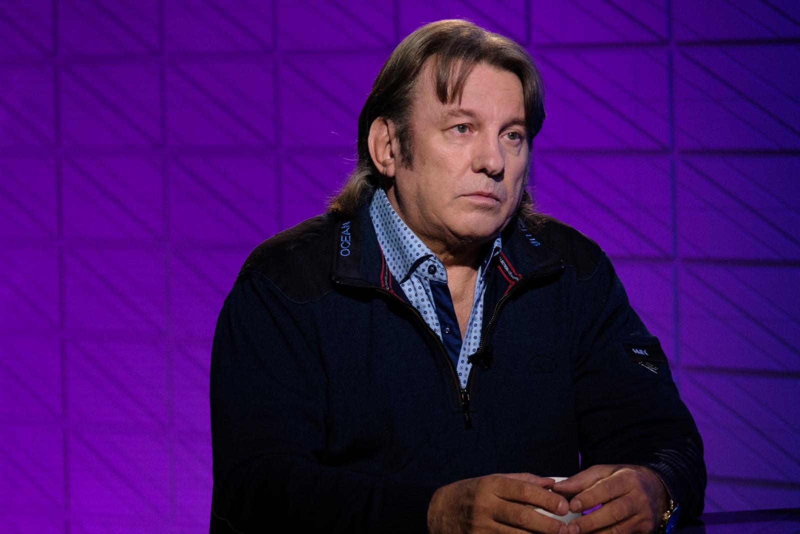 Подавший в суд на Сергея Шнурова и RTVI Юрий Лоза пришел в эфир канала