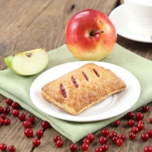 Apple lingonberry pastry 65g square 1582773917 1599656005