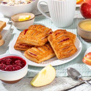 9144 mini apple lingonberry pastry 40g square 1621619527