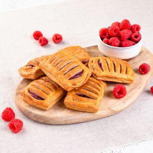 Original mini raspberry pastry 1620911517