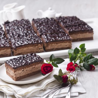 9037 sokolaadikook 1500g  16tk    chocolate cake 1600g  16pcs   2   1  1600412845