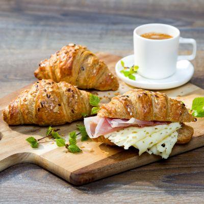 Mini multigrain croissant 1619441422