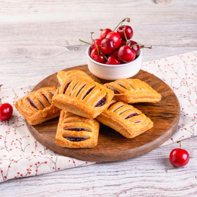 9794 mini cherry pastry 35g 1621619863