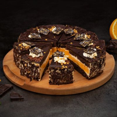 9990 chocolate orange cake 950g   10 slices  1582775607