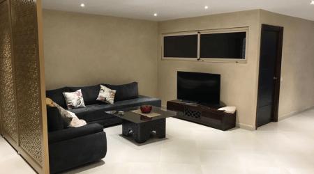 Villa 400m2 meublée  dans une résidence route ourika