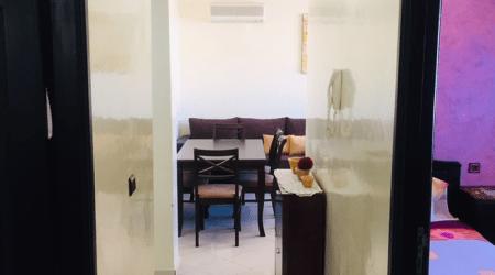 Appartement tres propre bien équipé