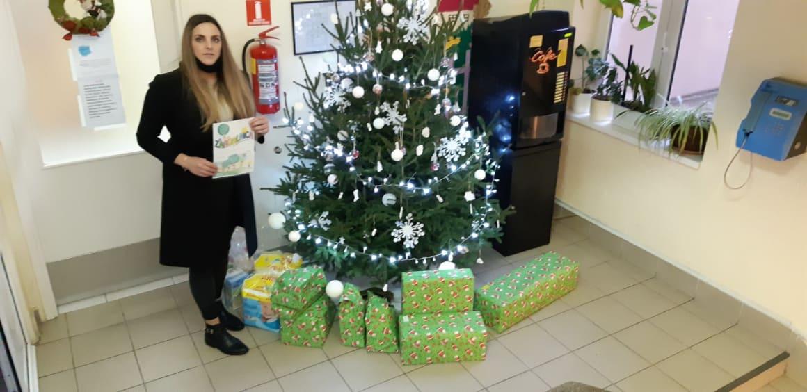 Zaposlenici Müllera donijeli darove