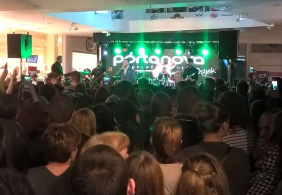 Antunovčani na koncertu i kuglanju