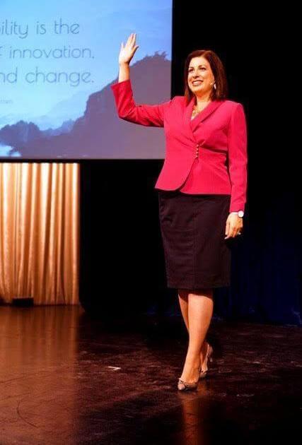female inspirational keynote and corporate speaker - Monique Tallon