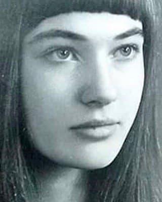 «Всегда шла по краю бритвы»: как Лариса Гузеева стала всенародной любимицей, обрела счастье и чуть не потеряла здоровье