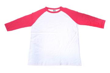 חולצות אמריקאיות   חולצה אמריקאית   הדפסה על חולצות   חולצה אמריקאית לבנה
