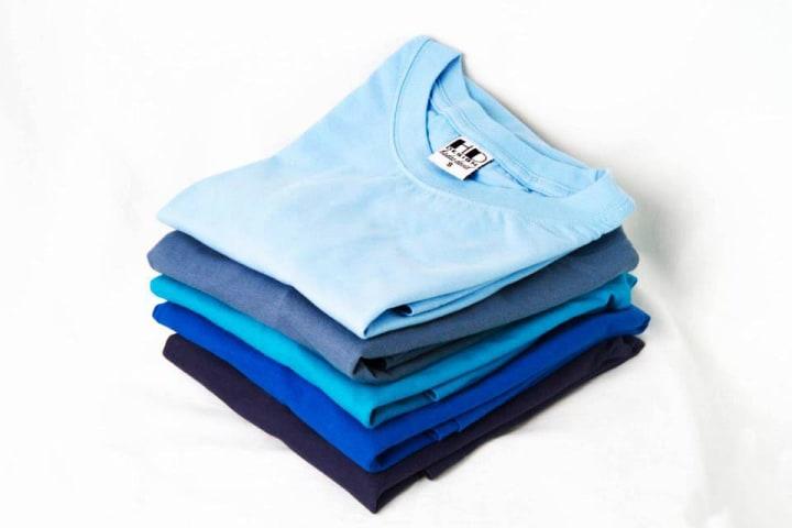 מבחר חולצות