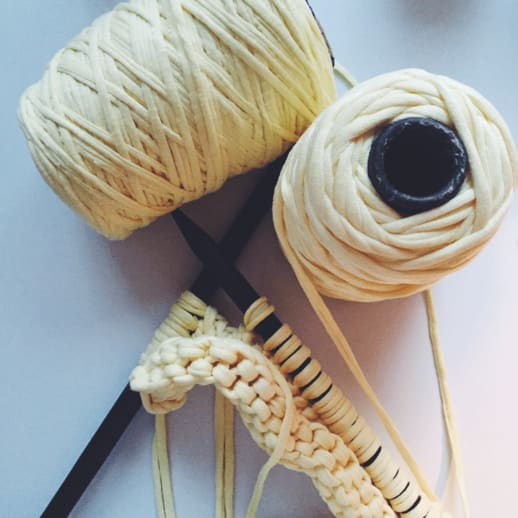 DIY: Strick-Clutch von Wool and the Gang