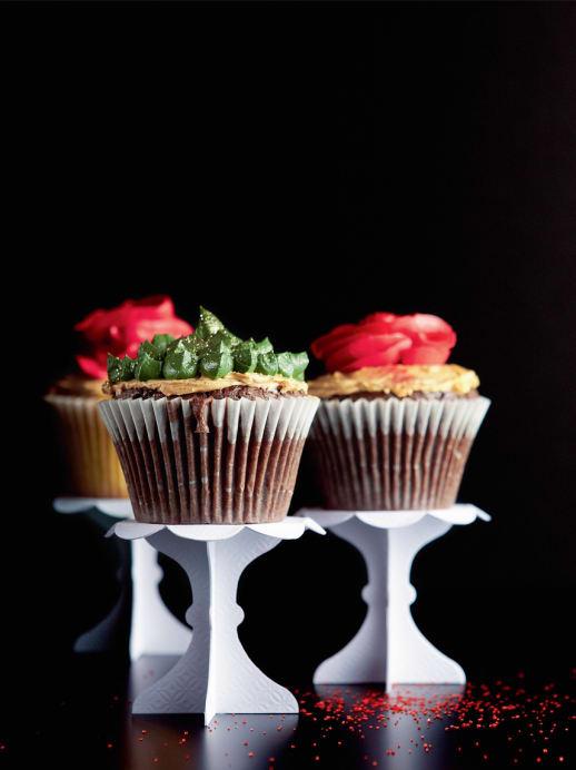 Schmucke Cupcakes: Das Rezept für leckere Buttercrèmetörtchen