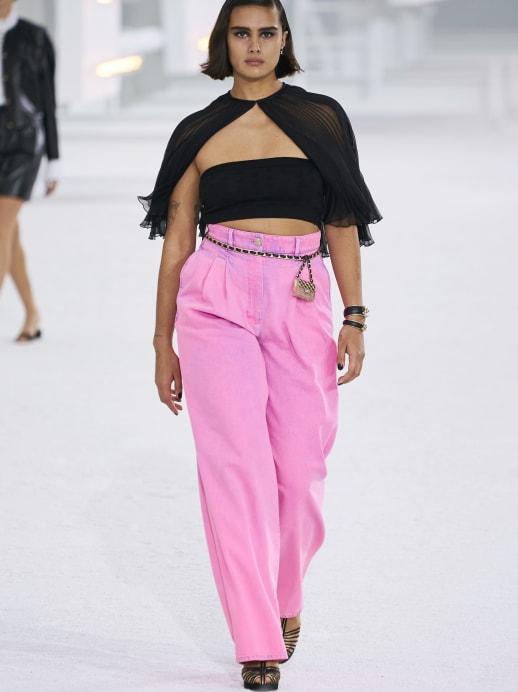 Sogar das Traditionshaus Chanel zeigt jetzt Durchschnittskörper