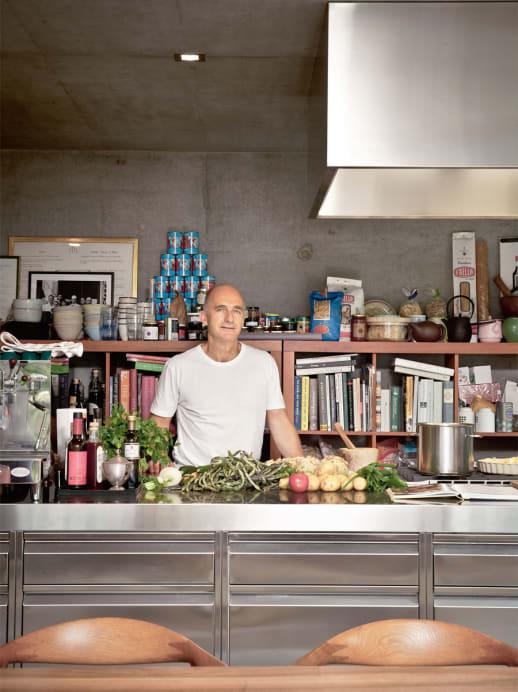 Genüsslich wohnen: Zu Besuch in der Küche von Foodprofi Richard Kägi