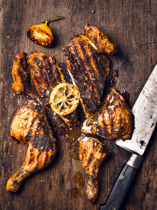 Rezept für die Grillsaison: Huhn im Schmetterlingsschnitt