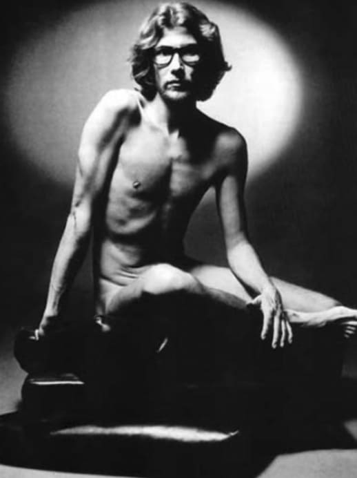 Ein Aktporträt von Yves Saint Laurent erzielt einen neuen Höchstpreis