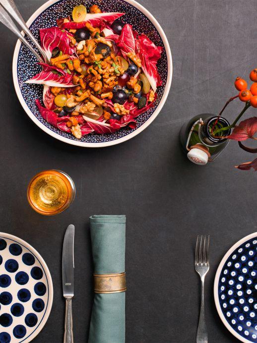 Rezept für Herbst-Salat mit Eierschwämmli und Baumnüssen