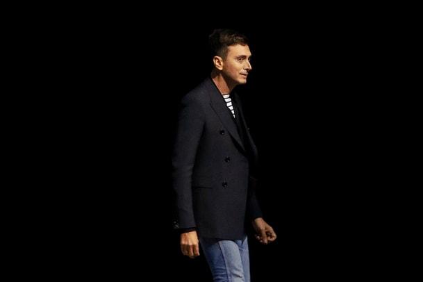 Hedi Slimane verärgert Modewelt