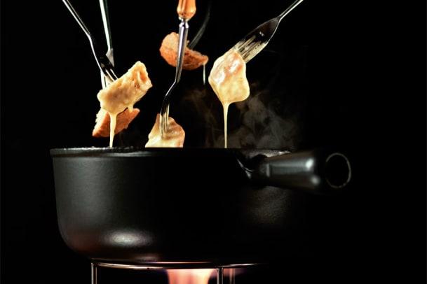 Käse-Fondue: Der Klassiker unter den Schweizer Rezepten