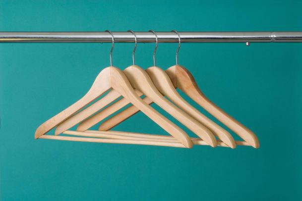 Schrank ausmisten: Wohin mit den alten Kleidern?