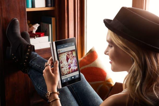 Digitaler Sonnengruss: Das Lenovo Yoga Tablet 8 im Test