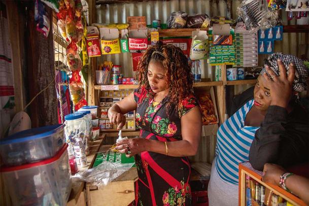 Die Weiss-Macherinnen in Kenia