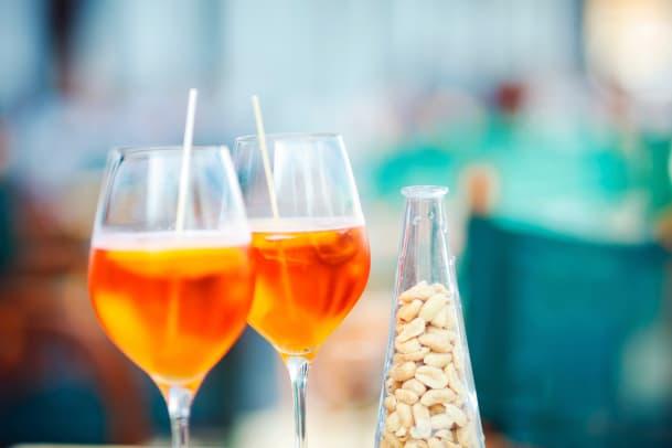 Drinks und Apérosnacks unter der Lupe
