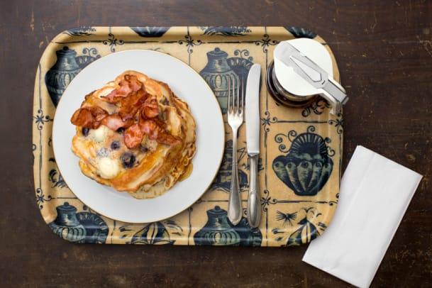 Frühstücks-Rezept aus den USA: Blueberry-Buttermilk-Pancakes mit Speck