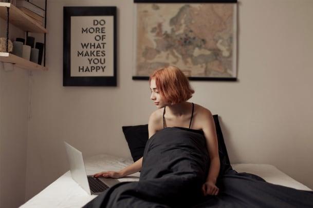 Ist es antifeministisch, online kostenlose Pornos zu schauen?