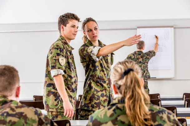 Frauen ins Militär!