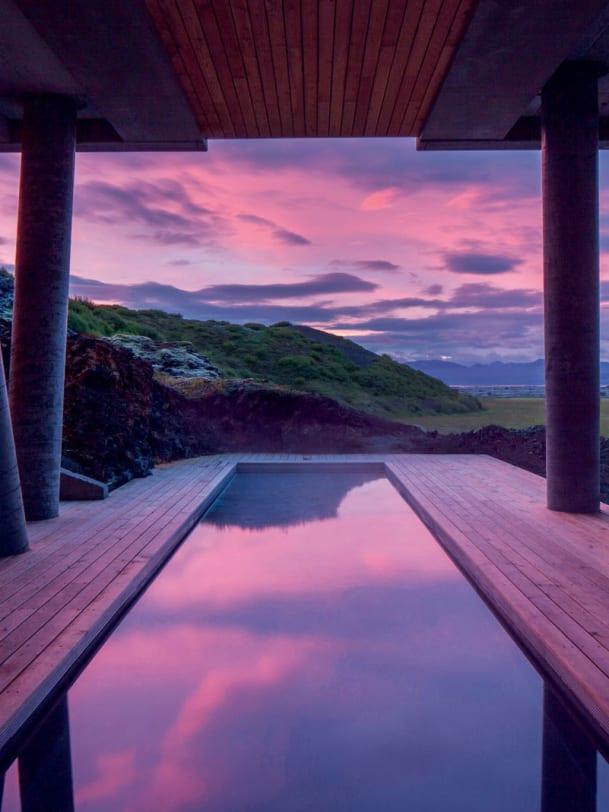 Hotel Island Pool
