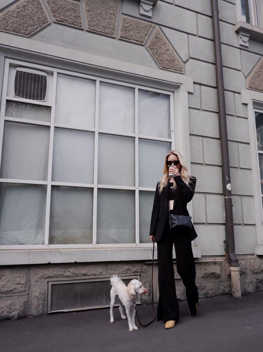 Victoria_Steiner_Stadt-und-Stil_annabelle_Luzern_Kaffee_Alfred-Caffebar_Other-Stories_Saint-Laurent_Anine-Bing_Celine