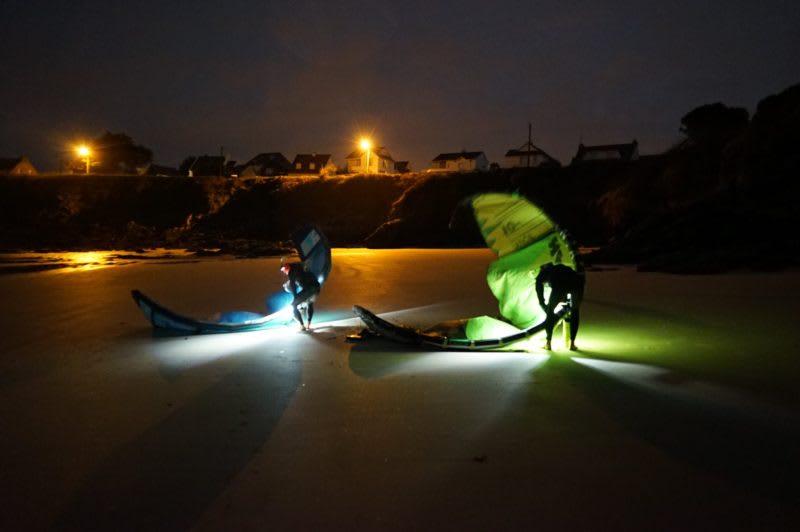 kitesurfing by night