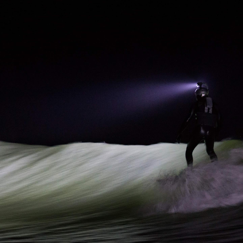 longboarding by night pointbreak embarcadere