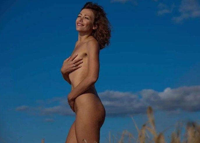 Российская актриса похвалилась пикантным образом