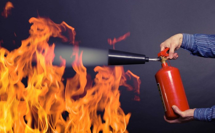 Какие огнетушители нужны для автомобиля