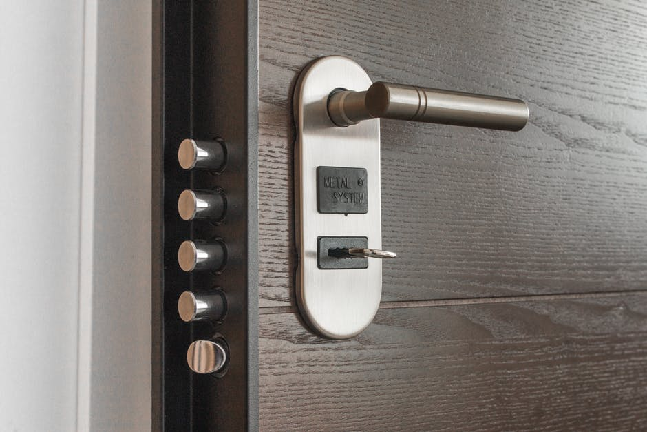 how to unlock a locked door knob without a key