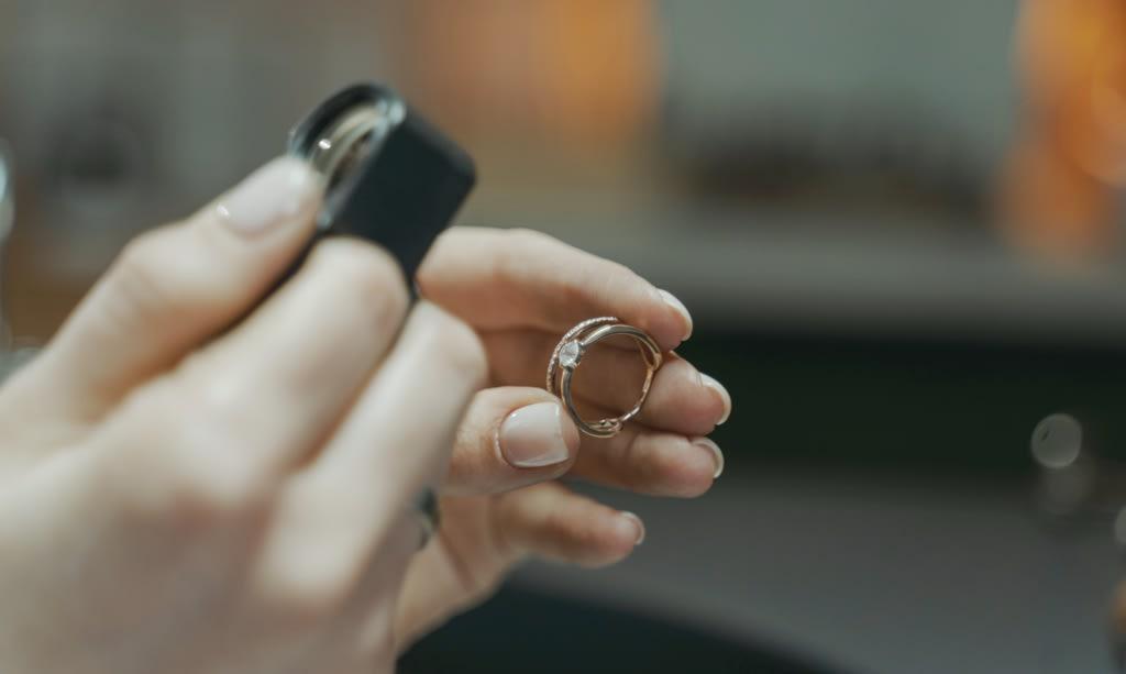 Selling Diamonds Value - Chicago Diamond Buyer