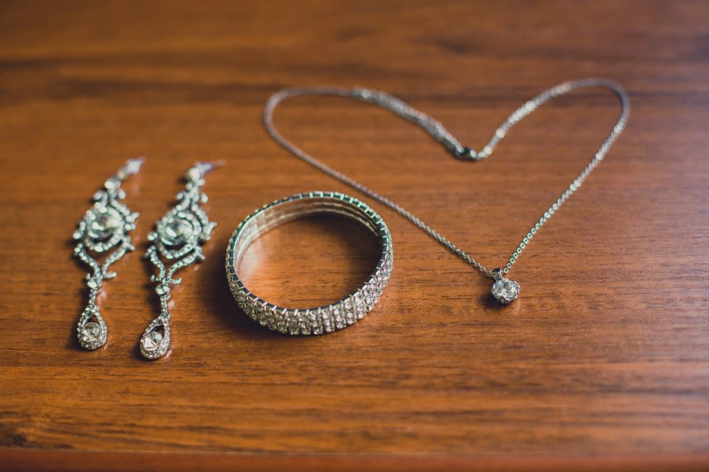 Selling Your Fine Jewelry - Chicago Diamond Buyer