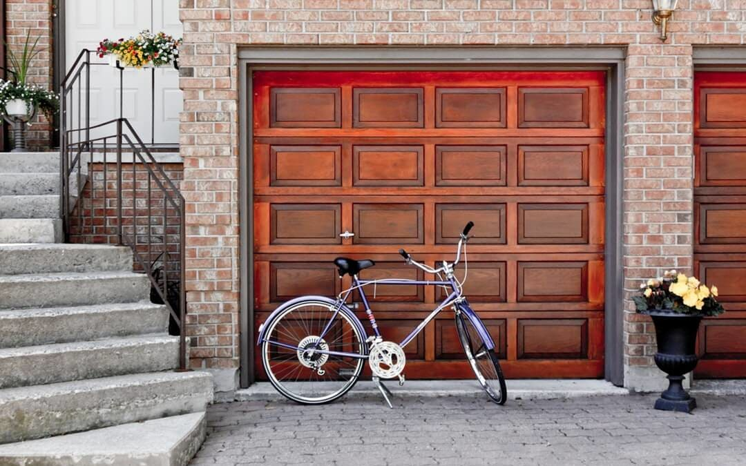 Signs You Have Garage Door Problems and What to Do About Them
