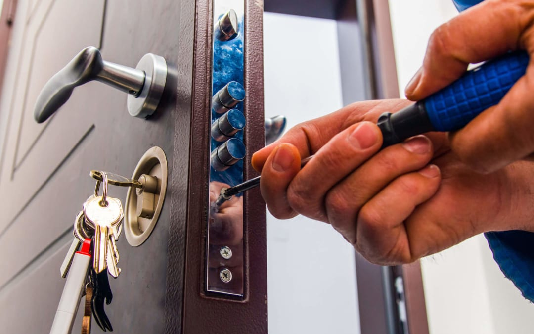 10 Factors to Consider When Hiring Local Locksmiths