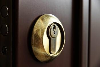 Locksmith for deadbolt locks Austin