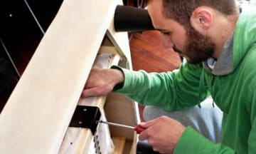 Radford VAMovers who assemble furniture