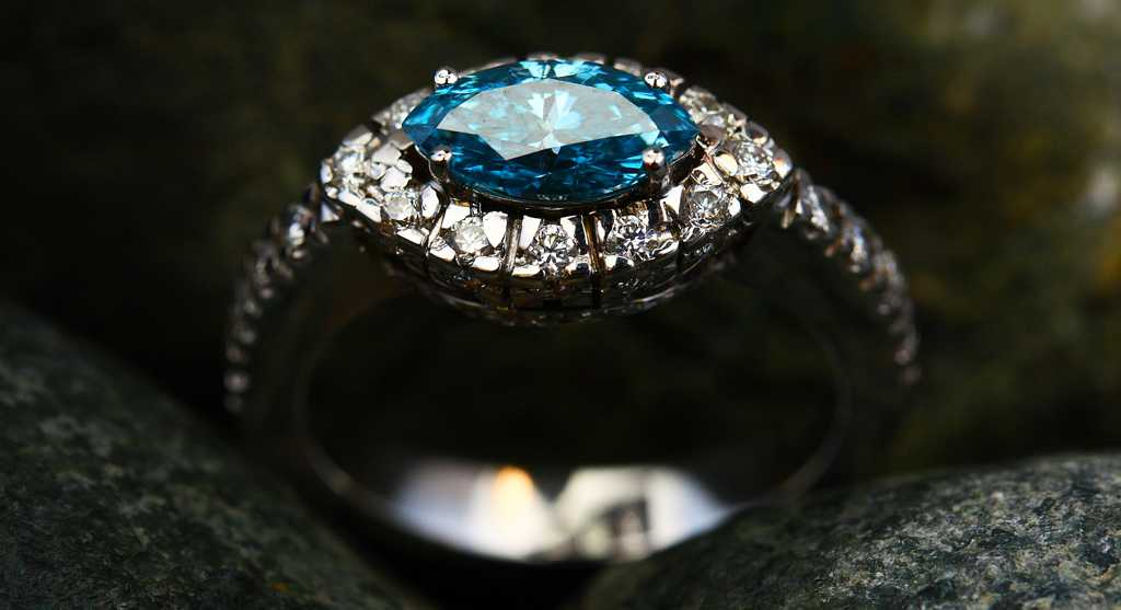 Sell Diamond Ring For Cash - Chicago Diamond Buyer