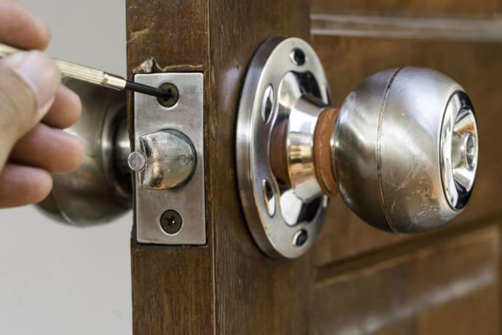 Locksmith Near Me Fentress