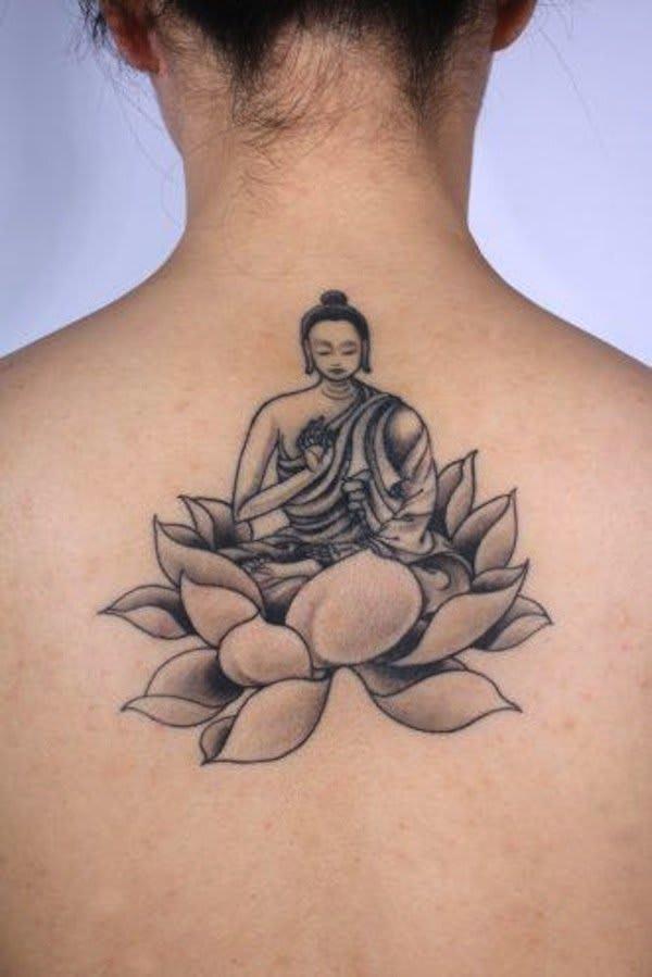 Tatuagem de Flor de Lótus - Buda