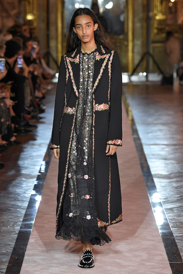 GIAMBATTISTA VALLI x H&M Long Jacket with Florals 3
